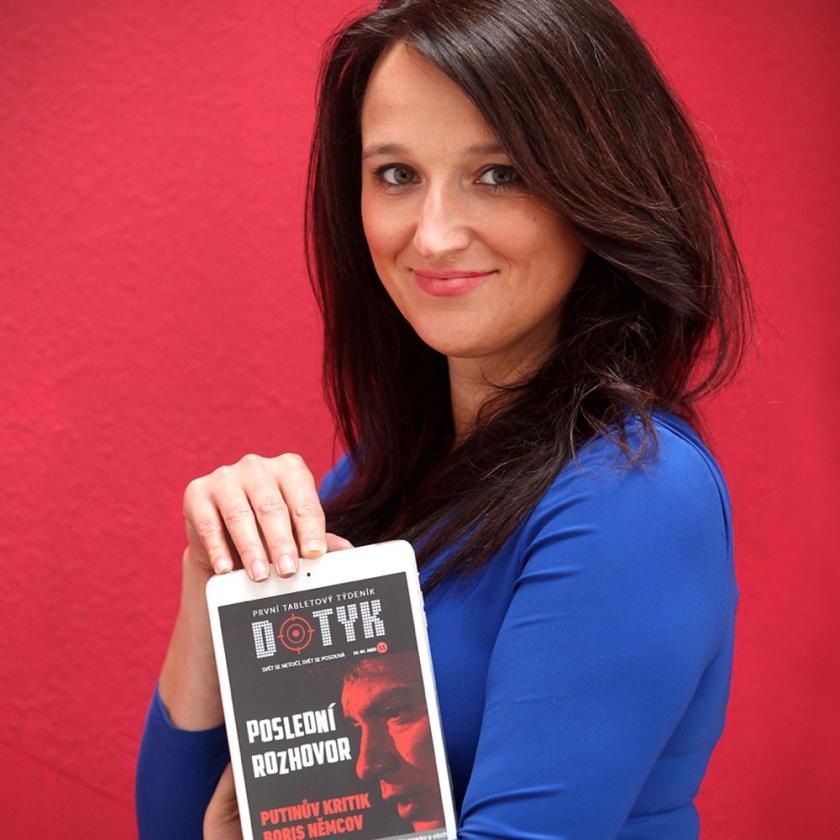 Eva Hanáková est la créatrice et rédactrice en chef de l'hebdomadaire tchèque Dotyk.